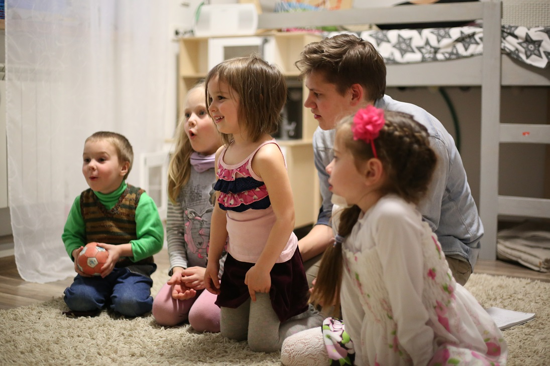 Благость и благотворительность детям